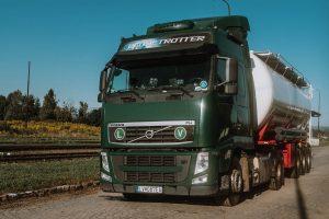 Cisternové vozidlá - prevoz sypkých materiálov s ťahačom objem do 59m3